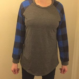 Tunic style grey with blue checkered sleeves shirt